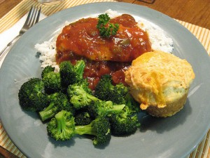 Low Oxalate Salsa Chicken served over Rice